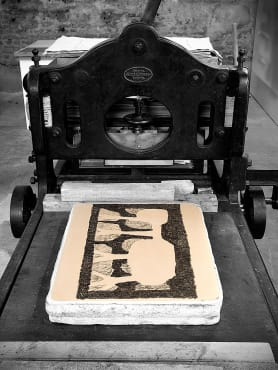 old manual printing press
